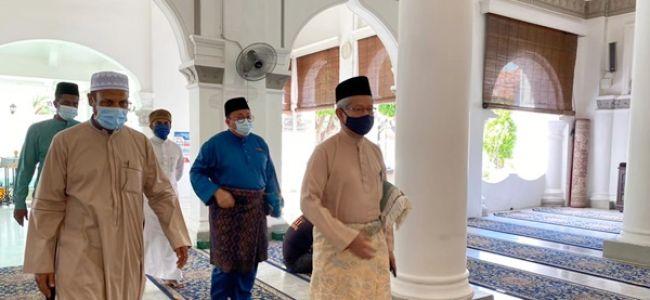 Majlis Ringkas Penyampaian Sumbangan Hasil Wakaf Majlis Agama Islam Negeri Pulau Pinang